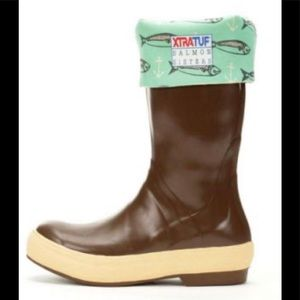 """Salmon Sisters Xtratuf 15"""" Legacy Boots Chocolate"""